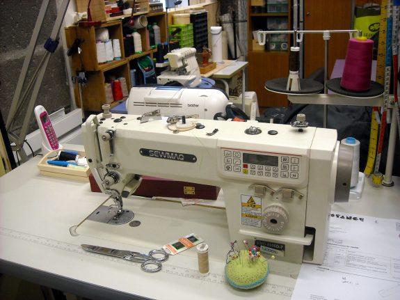 Atelier-couture-retouches---Mano-la-Fabrique--samedi-31-octobre-2015-(33)
